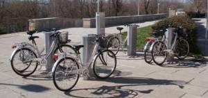 Base aparca-bicicletas
